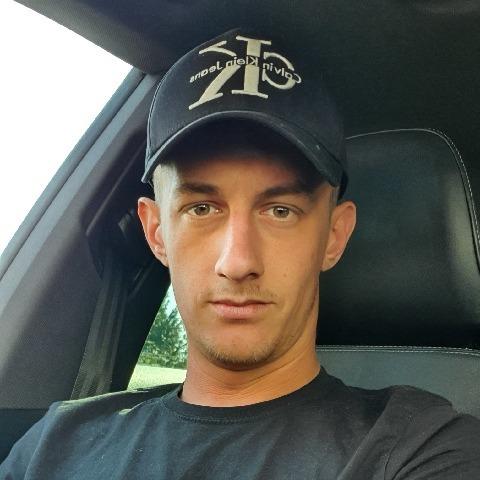 Ádám, 27 éves társkereső férfi - Sajószöged