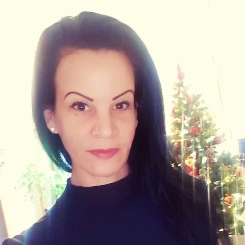Szilvia, 34 éves társkereső nő - Linz