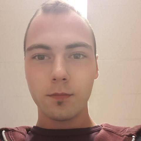 Dani, 23 éves társkereső férfi - Ahlen