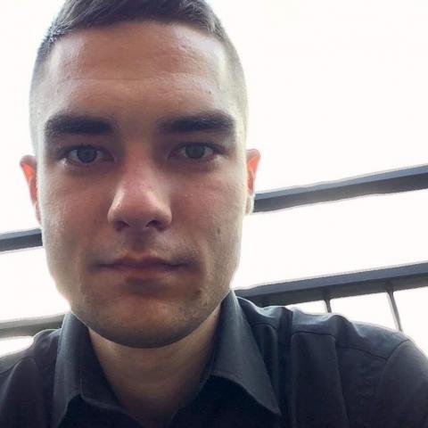 Zsolt, 27 éves társkereső férfi - Ózd