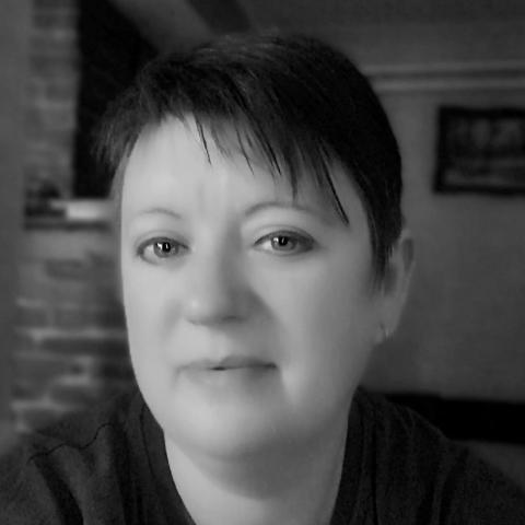 Helga, 44 éves társkereső nő - Csorvás