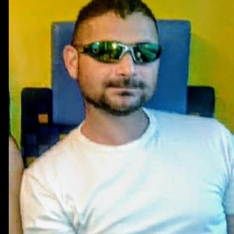 Laszlo, 43 éves társkereső férfi - Szigetszentmiklós
