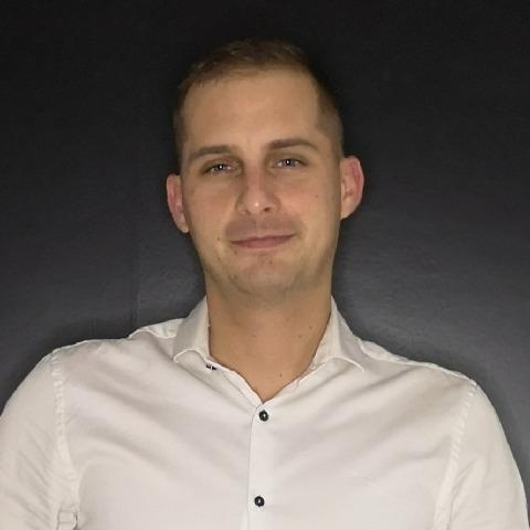 Robi, 33 éves társkereső férfi - Debrecen