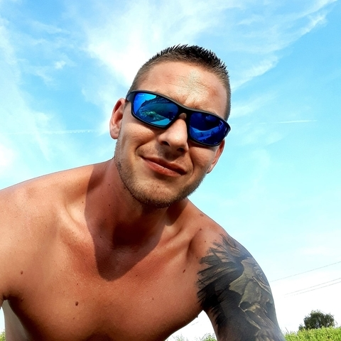 Tamás, 29 éves társkereső férfi - Hatvan