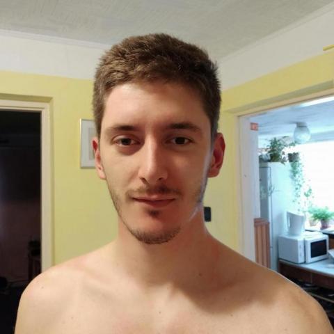János, 25 éves társkereső férfi - Nádudvar