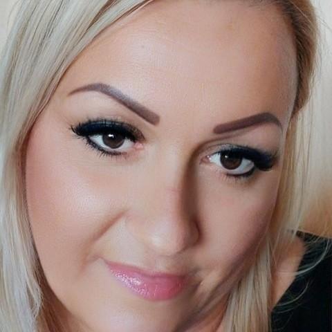 Brigitta, 46 éves társkereső nő - Debrecen