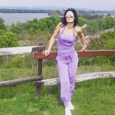 Kata , 36 éves társkereső nő - Tata