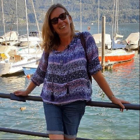 Edit, 52 éves társkereső nő -