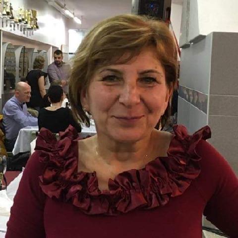 Valika, 59 éves társkereső nő - Pápa
