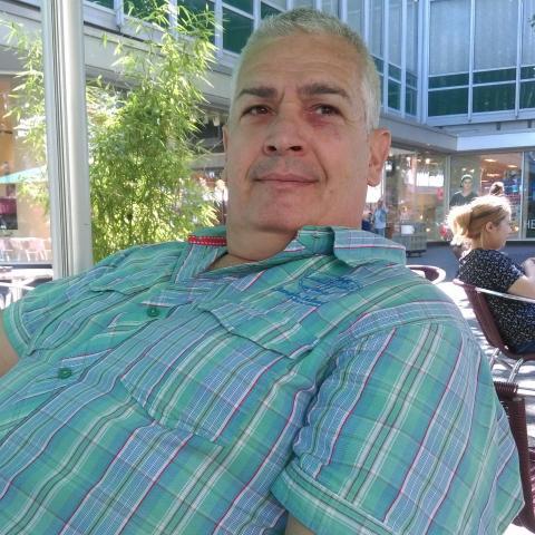 Tomyy, 54 éves társkereső férfi - Dunaújváros