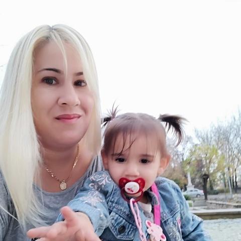 Lívia, 38 éves társkereső nő - Jászapáti