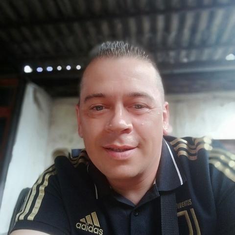 Péter, 42 éves társkereső férfi - Miskolc
