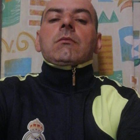 Gyula, 43 éves társkereső férfi - Patapoklosi