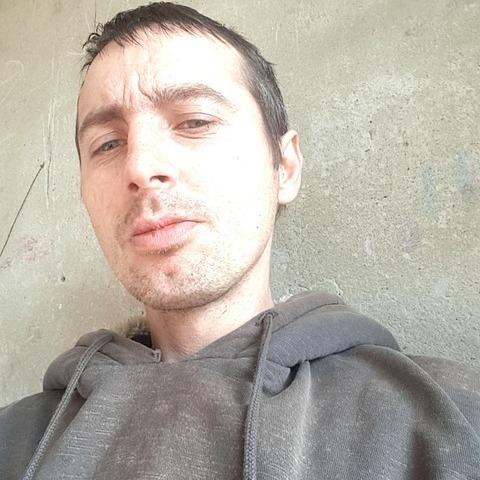 Imi, 35 éves társkereső férfi - Pusztaszabolcs