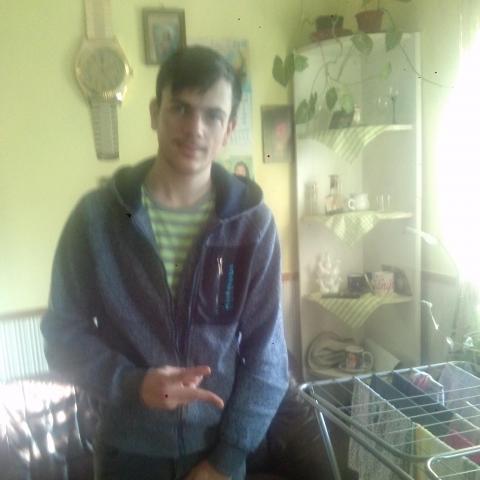 Gyula, 52 éves társkereső férfi - Kék