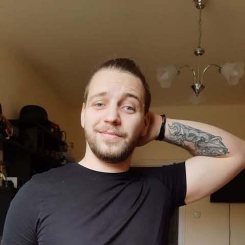 Zoltán, 24 éves társkereső férfi - Debrecen