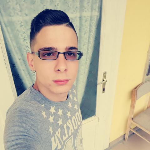 Krisztián, 21 éves társkereső férfi - Gyönk