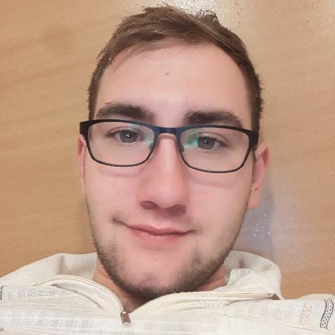 Balazs, 22 éves társkereső férfi - Mohács