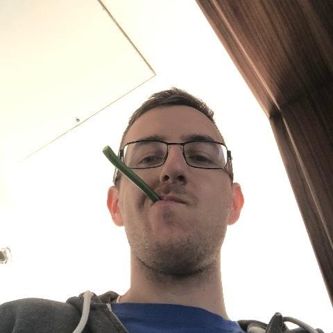 Márk, 27 éves társkereső férfi - Kóka