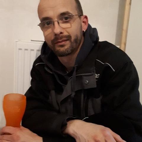 Ákos, 36 éves társkereső férfi - Pécs