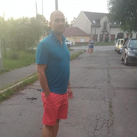 Péter, 38 éves társkereső férfi - Bodony