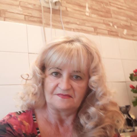 Katalin, 64 éves társkereső nő - Miskolc