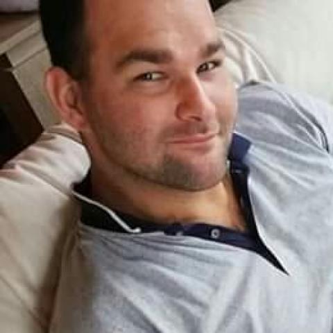 András, 29 éves társkereső férfi - Nagydobos