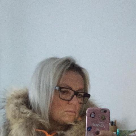 Tûnde, 54 éves társkereső nő - Regensburg