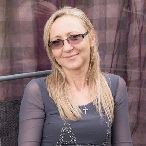 Rozsa, 54 éves társkereső nő - SWANSEA