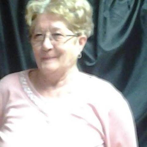 Irén, 73 éves társkereső nő - Hatvan