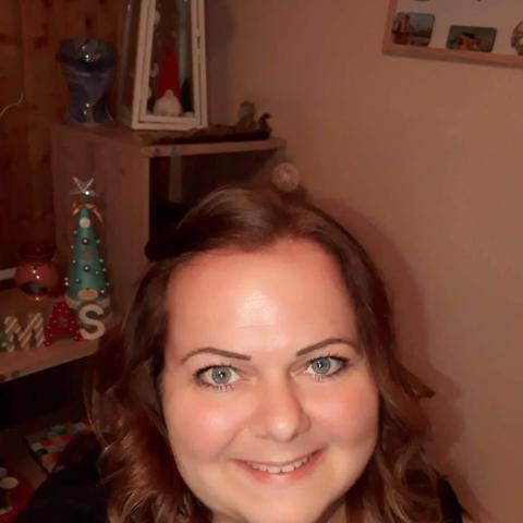 Ági, 38 éves társkereső nő - Miskolc