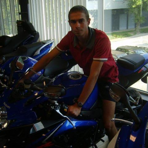 Bálint, 31 éves társkereső férfi - Tamási