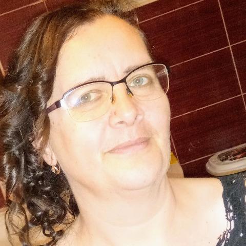 Emma, 50 éves társkereső nő - Buj