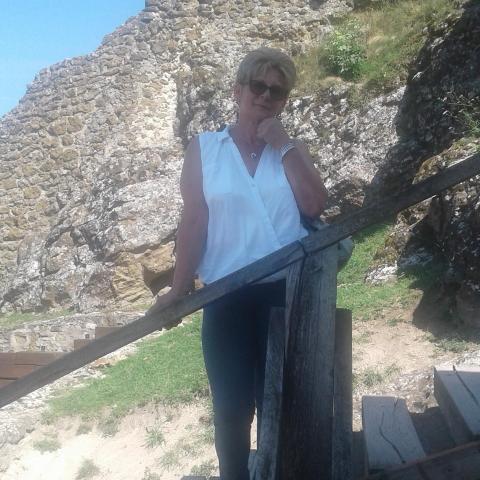Ibolya, 56 éves társkereső nő - Zalaegerszeg