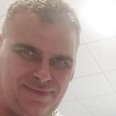 Imre, 46 éves társkereső férfi - Győr