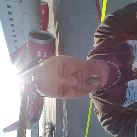 Gábor, 46 éves társkereső férfi - Miskolc