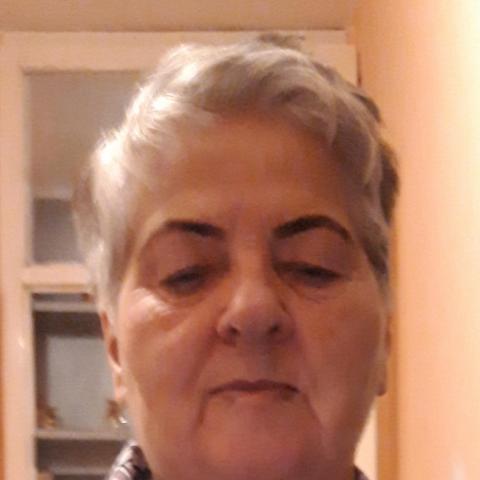 Éva, 78 éves társkereső nő - Miskolc
