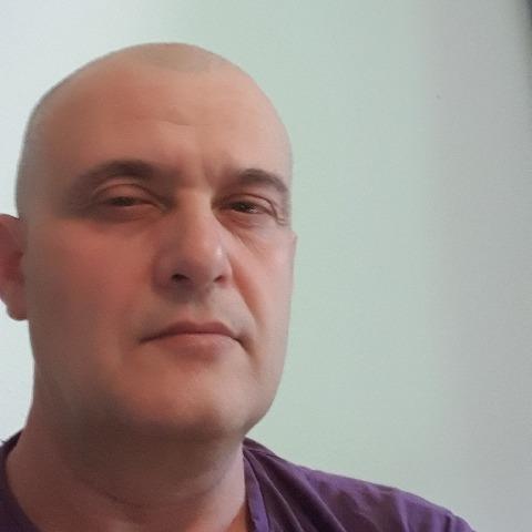 Gábor, 48 éves társkereső férfi -