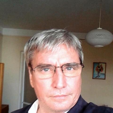 Csaba, 60 éves társkereső férfi - Eger