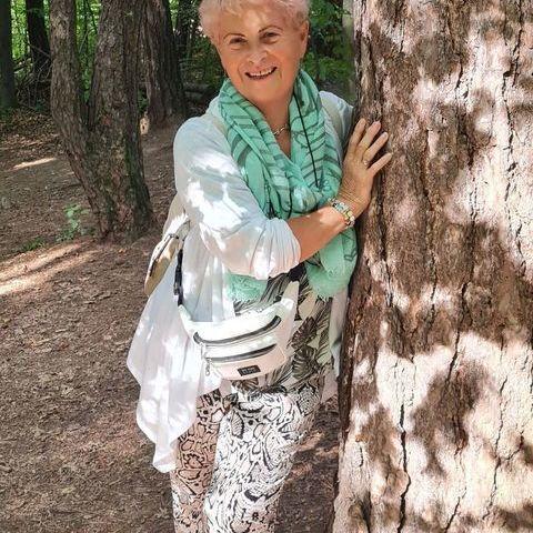 Erzsébet, 70 éves társkereső nő - Érd