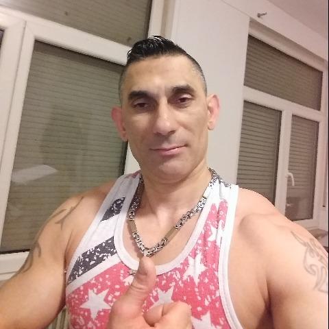 István, 40 éves társkereső férfi - Freiburg