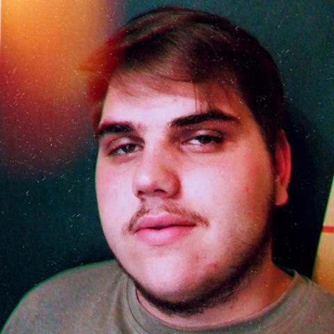 Patrik, 22 éves társkereső férfi - Királd