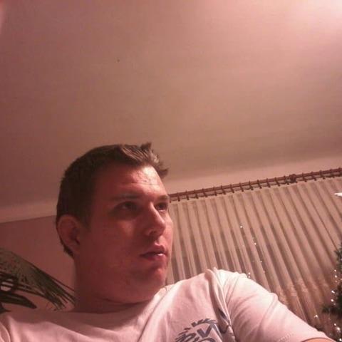 Péter, 35 éves társkereső férfi - Nagyoroszi