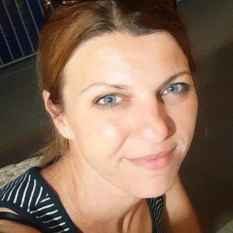 Anikó, 44 éves társkereső nő - Dunaújváros