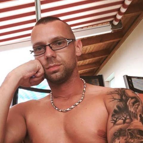 Attila, 37 éves társkereső férfi - Hédervár