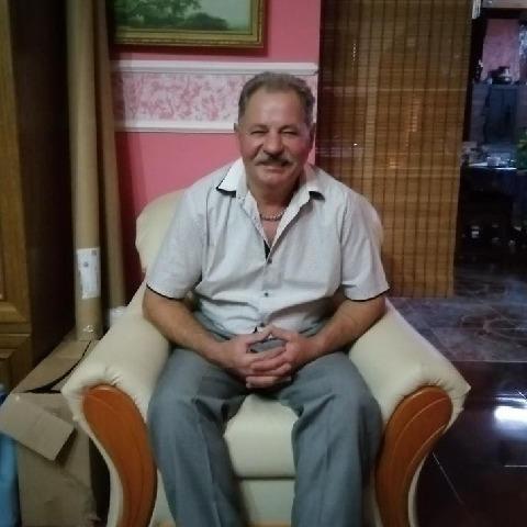 Béla, 60 éves társkereső férfi - Ebes