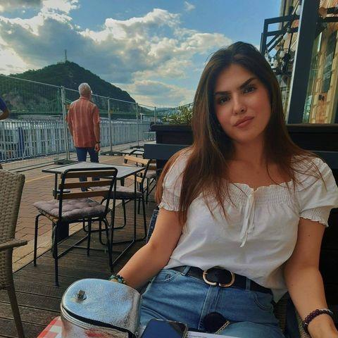 Krisztina, 20 éves társkereső nő - Kál