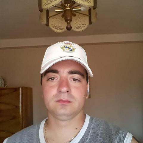 Zsolti, 31 éves társkereső férfi - Baktalórántháza