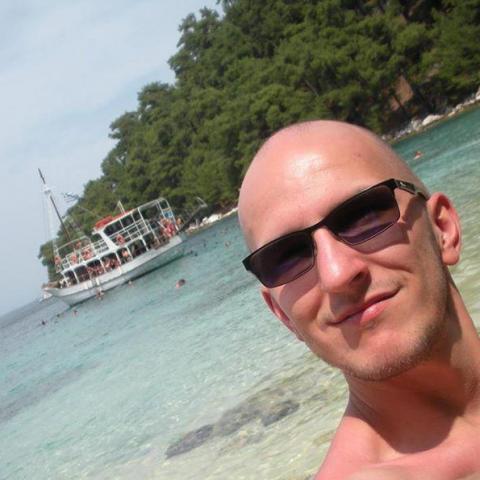 Balázs, 32 éves társkereső férfi - Salgótarján