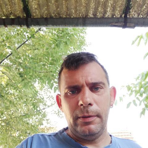Sándor, 42 éves társkereső férfi - Doboz